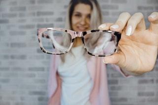 Miért választják az emberek a lézeres szemműtétet?